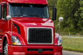 Is Trucking a Good Career Choice for Newcomers to Canada?
