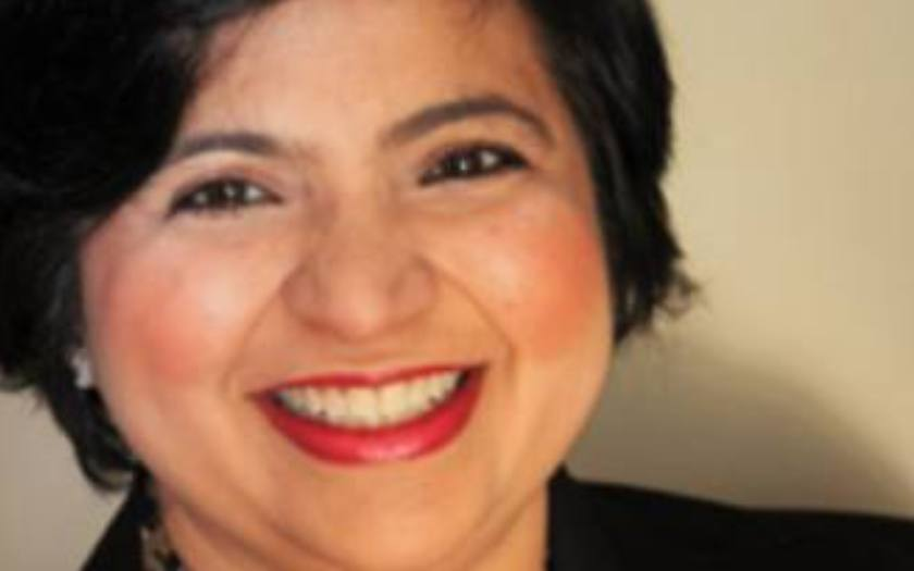 Chitra Bhatia on Her Journey from the Corporate World to Immigration Consulting